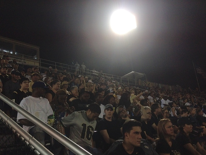 2016-UCF Fans takeover FIU_2